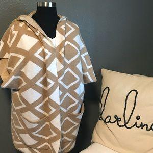 Lane Bryant tan & white hooded poncho jacket 22/24
